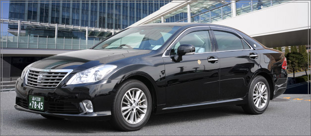 TOYOTA CROWN Royal Saloon(新型ゼロクラウン)